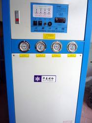 塑胶制品厂冷水机的使用