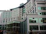 西京医院四栋病房楼工程(吊顶应用多丽及雅丽埃特板)