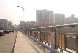 四川道路护栏生产厂家